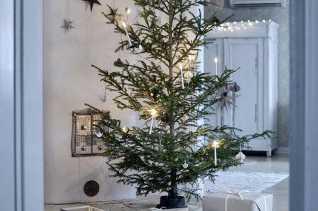 Dekoracje na Święta. Jak udekorować dom w stylu skandynawskim na Boże Narodzenie? 5 ważnych elementów