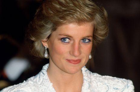 """Kultowy, niebieski eyeliner księżnej Diany powraca! To zasługa serialu """"The Crown"""""""