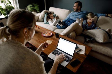 Pieniądze w związku. 5 zdrowych zasad, które pomogą utrzymać dobre relacje