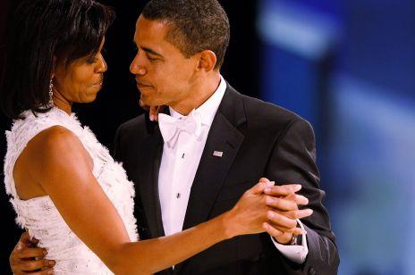 10 najpiękniejszych kreacji pierwszych dam na zaprzysiężeniu - od Jacqueline Kennedy, Jolanty Kwaśniewskiej do Michelle Obama