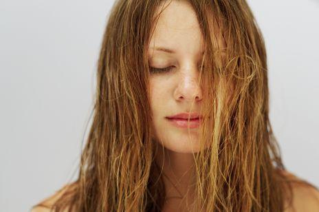 Czy szampony z silikonami naprawdę niszczą włosy?