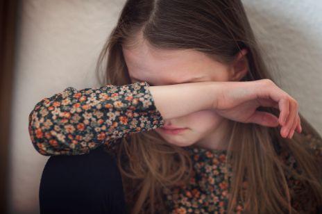 """""""Okres izolacji dzieci od grupy rówieśniczej sprzyja powstawaniu lęków lub pogłębianiu już istniejących. Dzieci są bezbronne"""" - ostrzega ekspert"""