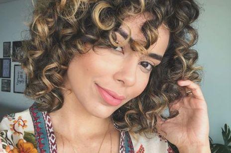 Równowaga PEH rozwiąże wszystkie problemy twoich włosów. Na czym to polega?
