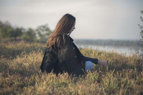 Inteligentni to samotnicy