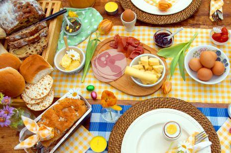 6 błędów przy świątecznym stole, które niszczą twoją wątrobę