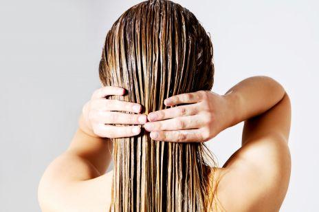 Naturalne maseczki na lśniące włosy