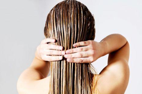 Lśniące włosy w 15 minut - 4 superpatenty