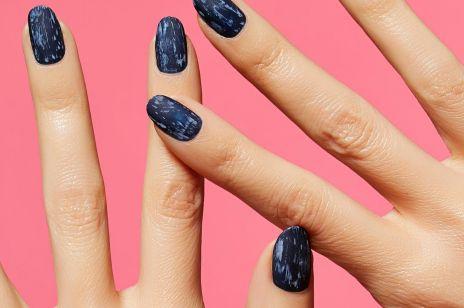 Jeansowy manicure na lato