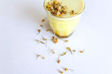 Złote mleko - wzmacniający eliksir na bazie superfoods