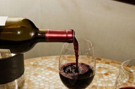 Jak wybierać i kupować wino?