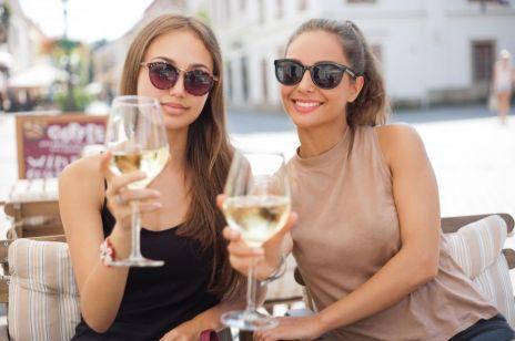 5 zmian, które zobaczysz na SKÓRZE, gdy odstawisz alkohol
