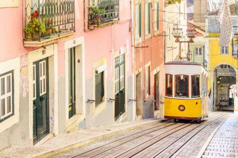 KOBIETA W PODRÓŻY: Lizbona