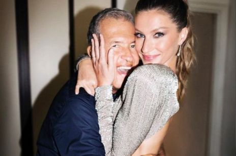 Słynny fotograf mody molestował modelki? Mario Testino oskarżony!