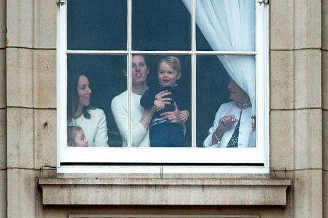 To ona WYCHOWA trzecie Royal Baby: kim jest królewska niania?