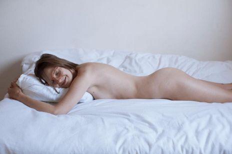 Kobiece ciała w Body Mirror: nowy projekt polskiej fotografki [WYWIAD]