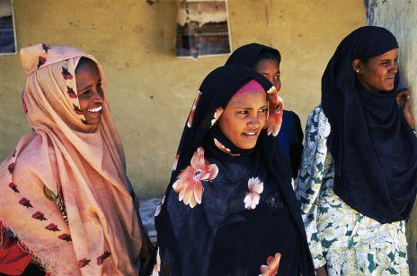 Sudanka zabiła męża gwałciciela sąd skazał ją na śmierć