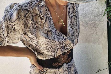 Sukienka z Zary w wężowy wzór hitem Instagrama
