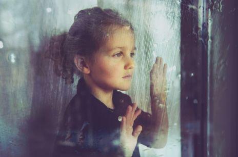 """""""Klaps"""" wpływa bardzo negatywnie na dziecko: psycholodzy ostrzegają!"""