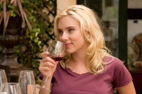 Czekolada i wino przedłużają życie? Nowe badania zaskakują!