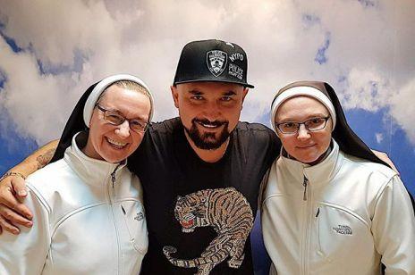 Patryk Vega nakręci dokument o zakonnicach z Broniszewic