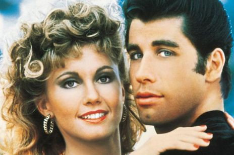"Olivia Newton John i John Travolta w ""Grease"""