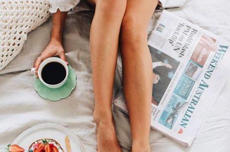 Strawberry legs - co to za przypadłość i jak się jej pozbyć?