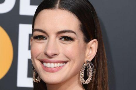 """Anne Hathaway z wywiadzie z Ellen DeGeneres: """"Rezygnuję z alkoholu dopóki syn mieszka ze mną""""."""