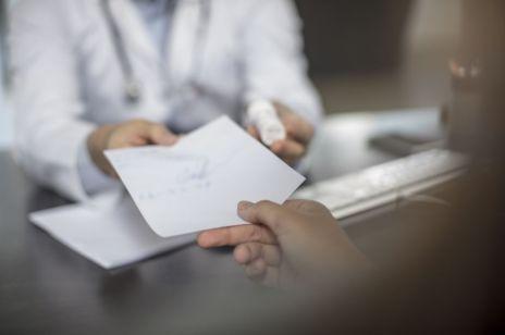 """Afera wokół całodobowego gabinetu ginekologicznego: """"Samorząd nie może finansować narzędzi uśmiercania ludzi w prenatalnym okresie ich życia"""""""