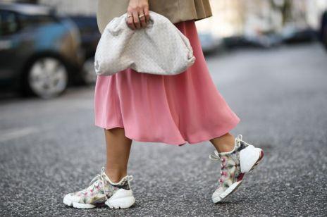 Sneakersy trendy moda wiosna 2019: które wybrać?