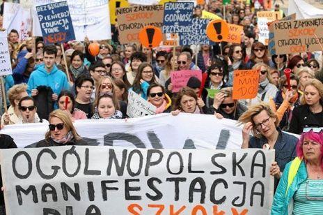 Będzie rekompensata dla nauczycieli za strajk: o jakich kwotach mowa?