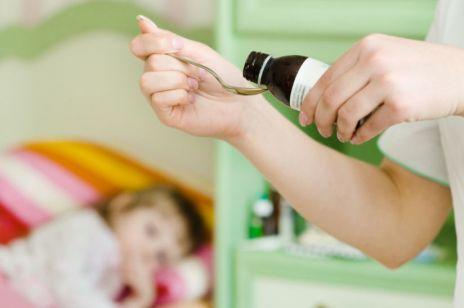 Popularny lek przeciwgorączkowy dla dzieci został WYCOFANY z aptek