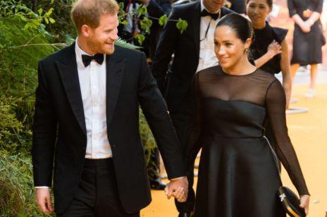 """Meghan Markle skrytykowana za sukienkę na premierze """"Króla Lwa"""""""