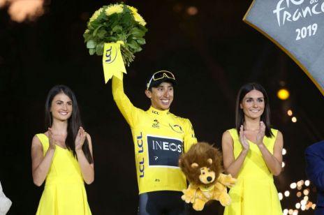Piękne hostessy na Tour de France stracą pracę? Aktywistki walczą z seksistowską tradycją