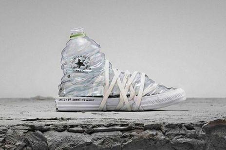 Converse przerabia stare jeansy na nowe buty w trosce o środowisko