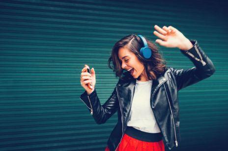 8 prostych sposobów, jak poprawić sobie HUMOR: zdziwisz się