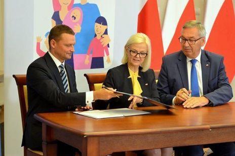 Program 500 plus - rodziny mogą dostać nawet 300 tysięcy złotych