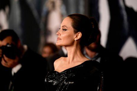 Angelina Jolie na czerwonym dywanie - fani zaskoczeni wyglądem dzieci!