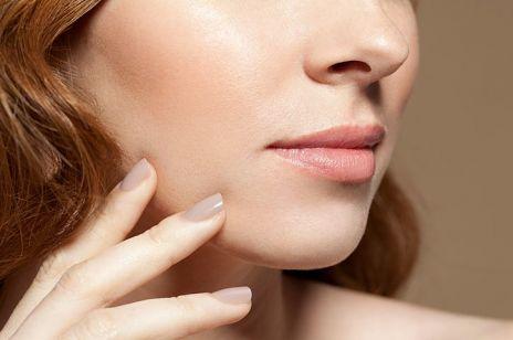 Efekt błyszczyka - nowy, super naturalny trend w makijażu permanentnym ust