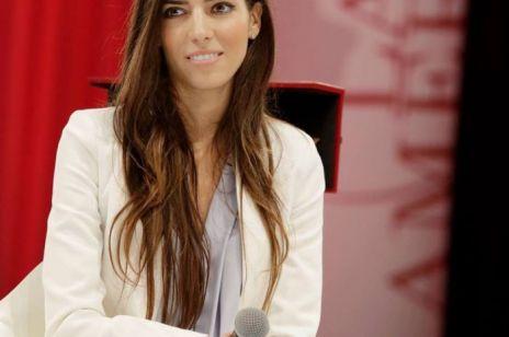 Eleni Antoniadou - Ministerstwo Edukacji przyznało nagrodę kobiecie, która wymyśliła swój życiorys?