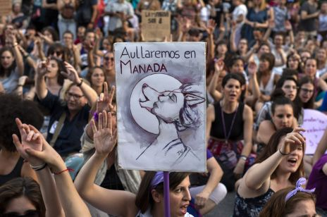 """Gwałt na 14-latce był tylko """"molestowaniem""""? Protesty w Madrycie"""