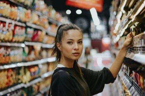 Eksperci alarmują: w 2020 czekają nas podwyżki cen! Które rzeczy będą droższe?