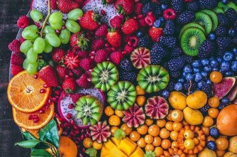 Zaktualizowana lista najbardziej skażonej żywności. Których warzyw i owoców nie jeść?