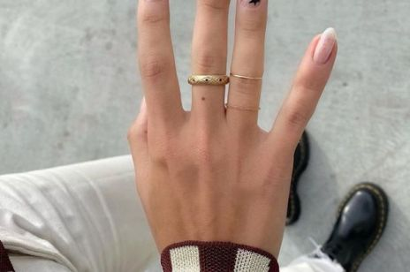 Wzorki na paznokcie 2020. Milky nails, snake nails i inne hity z Instagrama