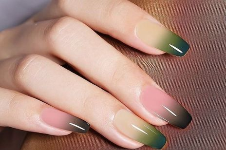 Jak zrobić ombre nails w domu?