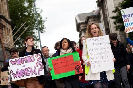 Ponad 90% kobiet nie żałuje aborcji - wyniki badań zaskakują