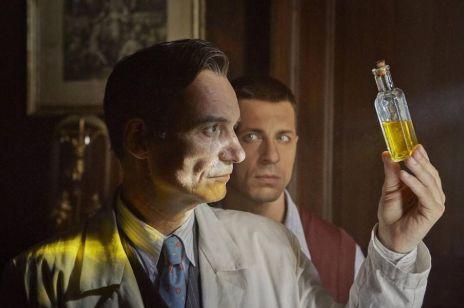 """""""Szarlatan"""" - mamy zwiastun nowego filmu Agnieszki Holland. O czym jest film """"Szarlatan""""?"""
