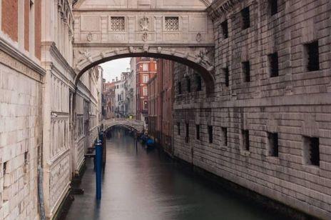 Wenecja czysta i pusta jak nigdy dotąd podczas kwarantanny
