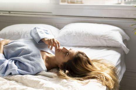 To świetny sposób na szybkie uspkojenie się przed snem w 5 minut
