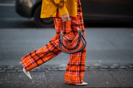Spodnie w kratę z czym i jak je stylizować?