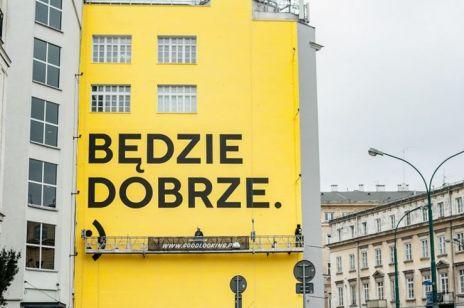 """""""Jeszcze będzie przepięknie"""": murale, na widok których trudno się nie uśmiechnąć"""